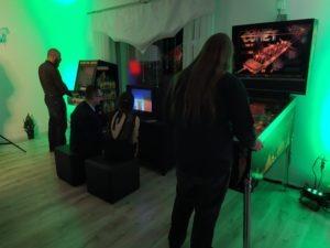 Atrakcje retro na wynajem - automat arcade, pinball, flipper