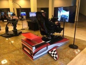 Symulator lotu na podnośnikach VR na wynajem